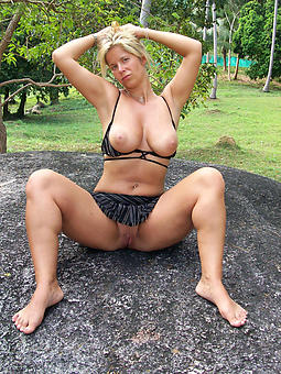 pretty mature woman amature porn
