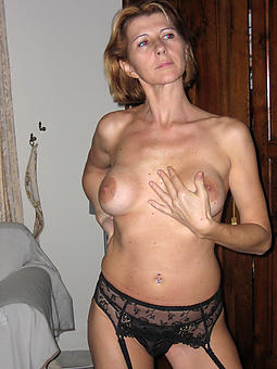 mature previously to girlfriend amature sexual intercourse pics