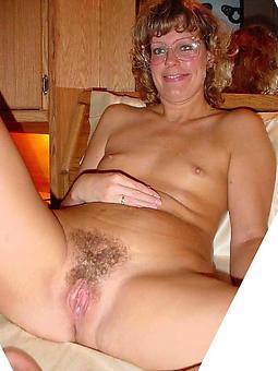hot matures at hand glasses free porn pics