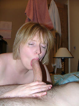 pretty hot mature ladies pics