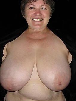 interesting heavy tit mom nude pics