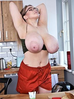 porn pictures of lassy moms empty