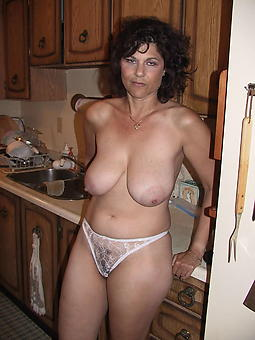horny mature showing bloomers seduction