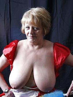 grown up mama tits pic