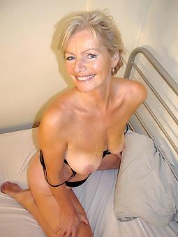 beautiful essential moms erotic pics