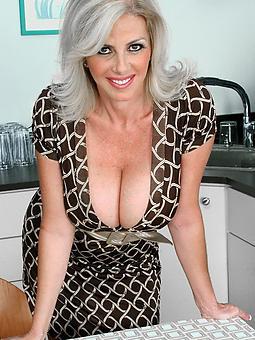 dressy mature erotic pics