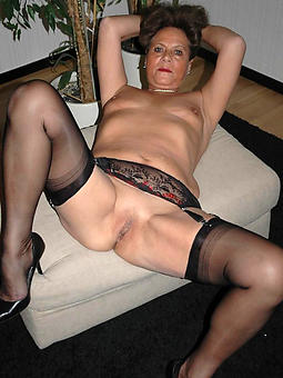 horny shaved mature cunts stripping