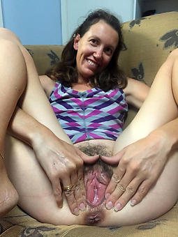 horny puristic moms easy porn pics
