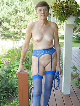 nude sexy older moms Bohemian porn pics