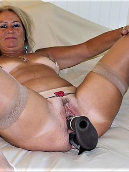 sexy moms masturbating
