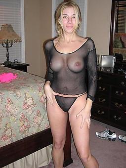 perfect beautiful unfold mature ladies pics