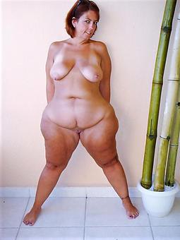 hotties mature curvy gentlefolk photos