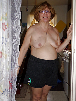 unfurnished mommy with glasses porn tumblr
