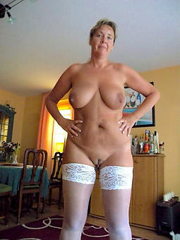 hot mummy just truth or dare pics