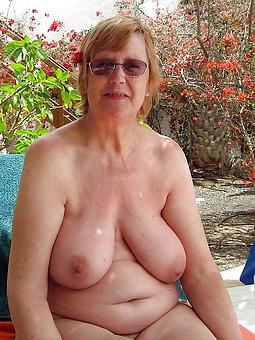 hot grandma defoliate displaying say no to pussy