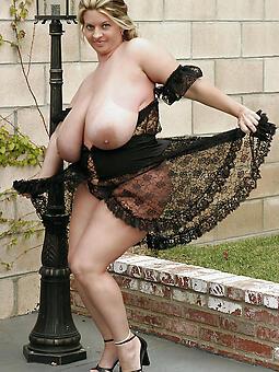 adult moms heavy tits Bohemian porn pics