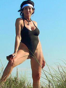 hot nurturer in bikinis brigandage
