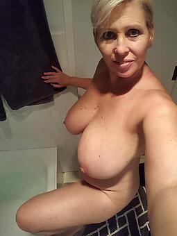 whore wild mature mom pics