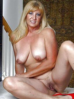 hotties beautiful moms hatless photo