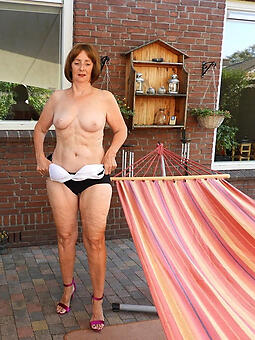 whore sexy mature housewives photo