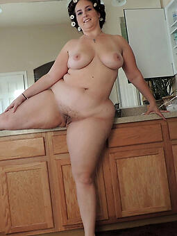 perfect curvy mature xxx pics
