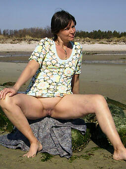 consummate naked moms gone from pics