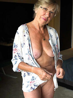 hot old moms amateur free pics