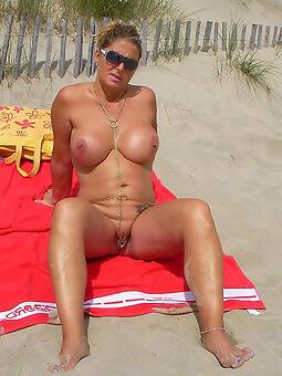 harlot mature on beach