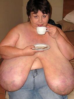 amature big boob mom pic
