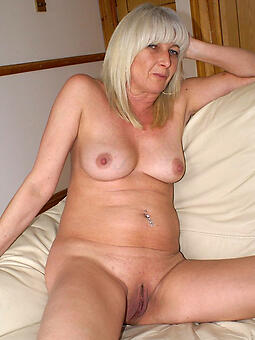 taking sexy mature blonde