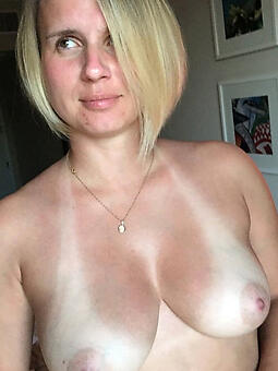 matured blonde busty xxx pics