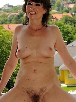 pretty classy matriarch nude photo