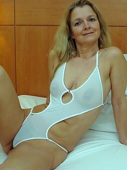 hot bikini moms xxx pics