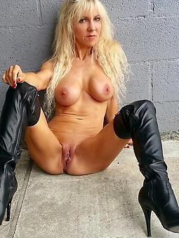 unpredictable intensify blonde moms free porn pics