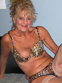 hotties sexy mature women pics