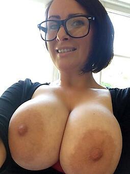 hotties naked lady glasses pics