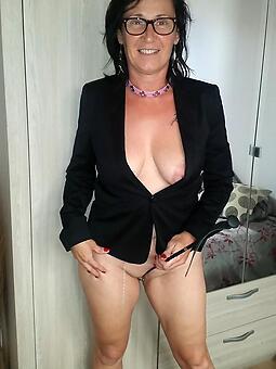 horny mother glasses xxx pics