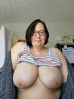 mature moms heavy tits tumblr