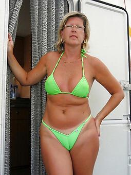 cougar mom beside bikini porn pics