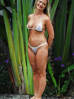 real mature bikini pics