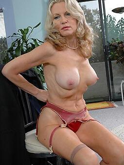 nude fair-haired ladies