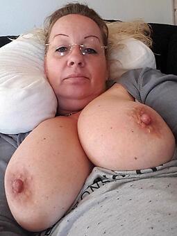 ladies with big boobs sexy porn pics