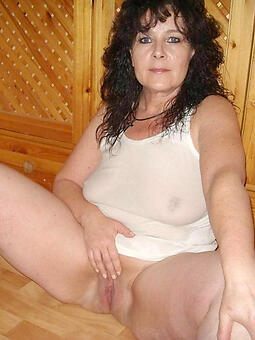cougar suntanned mom