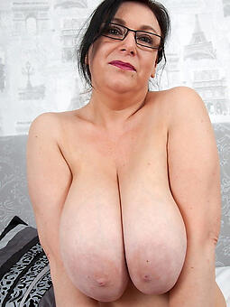 busty matures free naked pics