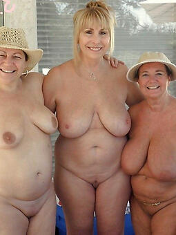 pretty chubby unclothed ladies pics