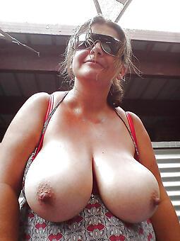 juggs mama nipples pics