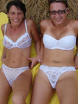 hotties moms apropos underclothes minimal pics