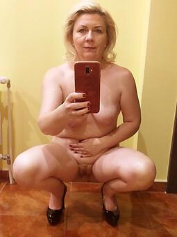 selfshot moms unorthodox porn pics