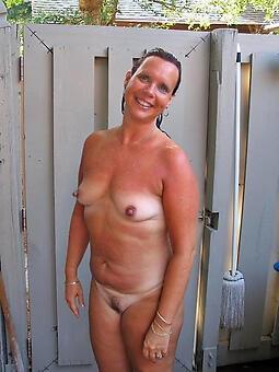 hot sexy moms josh