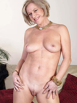 grown up shaved pussy hot porn show